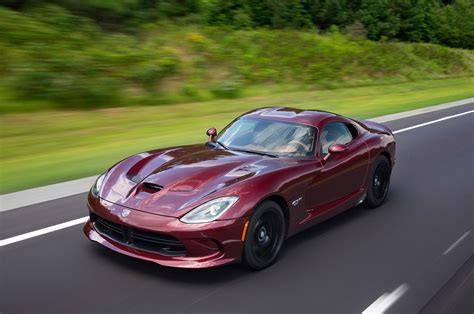 dodge viper 2017 dodge viper reviews and rating motor trend