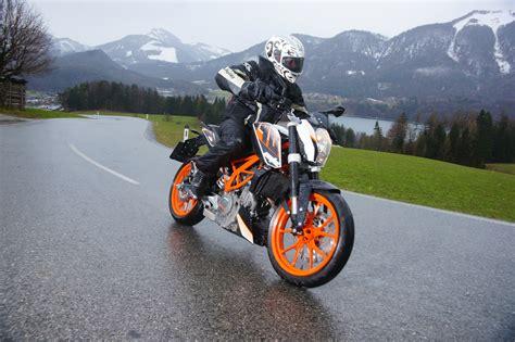 Ktm Duke 390 Review Australia Ktm 390 Duke Review Motorbike Writer