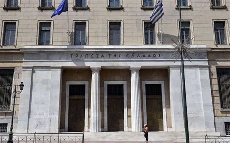 banks in greece greece s current account dips into deficit in 2016