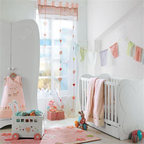 kinderzimmer rosa grün vorhang idee babyzimmer