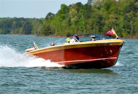 lake hartwell boat rs open classic boaters working together contributing to a great