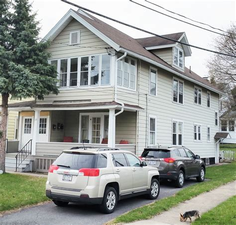 apartment for rent in 609 ulster st syracuse ny