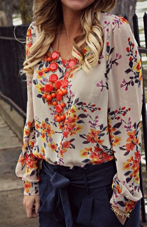 Flower Blouse by 25 Best Ideas About Floral Blouse On
