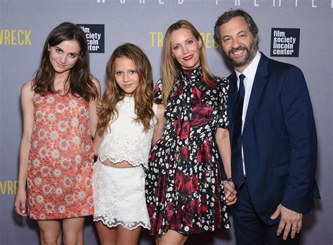 leslie mann judd apatow daughter leslie mann and judd apatow s cutest family pictures