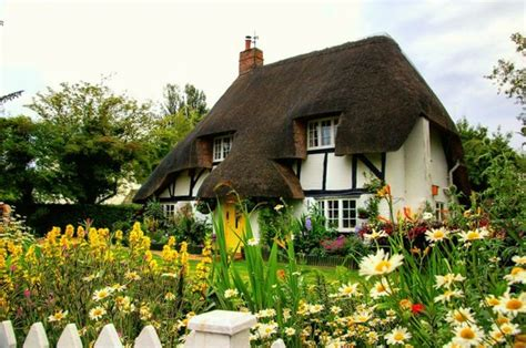 surrey england cottages for sale charming thatched