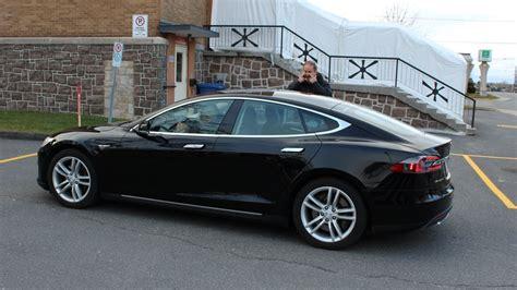 Tesla Model S Canada Tesla Model S Viens Tu Faire Un Tour Ici Radio Canada Ca