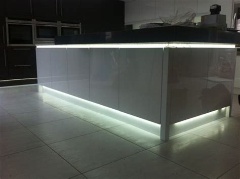 Kitchen Worktop Lights Applications And Uses Of Led Strips In Kitchens Slb