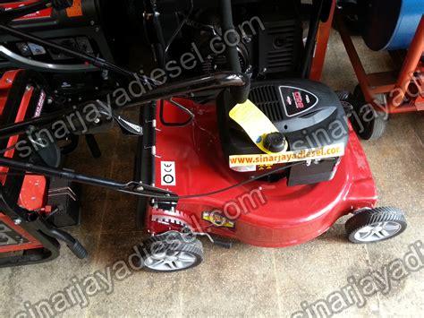Mesin Potong Rumput Dorong Merk Honda lawn mower briggs stratton 21 quot sinar jaya diesel