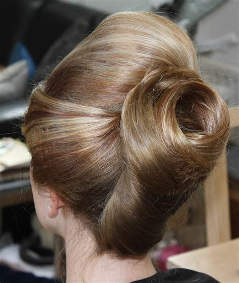 large hair pleats 25 cute diy bun hairstyles