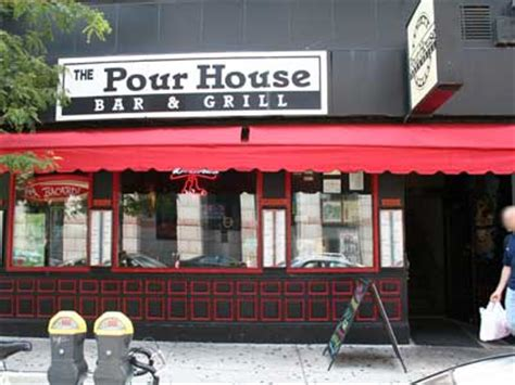 the pour house boston pour house bar grill near newbury street boston