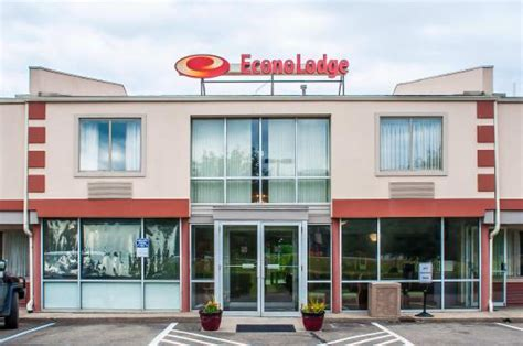 diamond in the rough review of econo lodge elmira