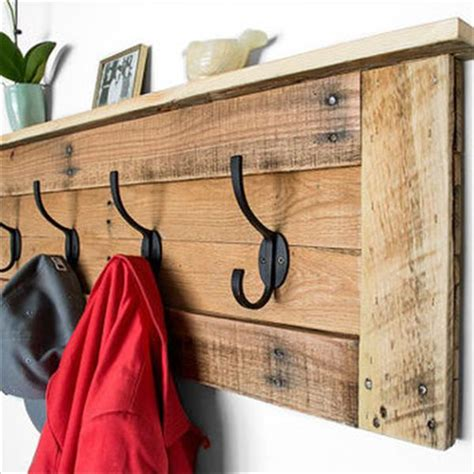 Ikea Wall Mounted Coat Rack by Assemble Your Stuff By Using Pallet Coat Rack With Hooks