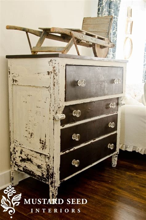 chalk paint jacksonville 1000 ideas about distressed furniture on