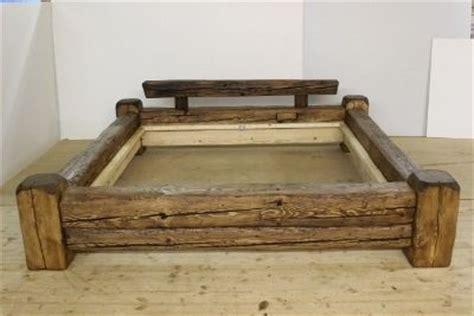 Futon Bettrahmen by 1000 Ideas About Rustic Wood Headboard On