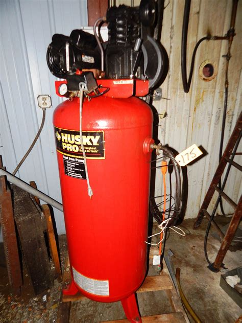 husky pro 3 2hp motor 60 gal tank vertical tank piston type air compressor