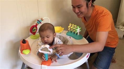 Skipping Mainan Anak mainan terbaik untuk bayi usia 4 bulan dari skip hop
