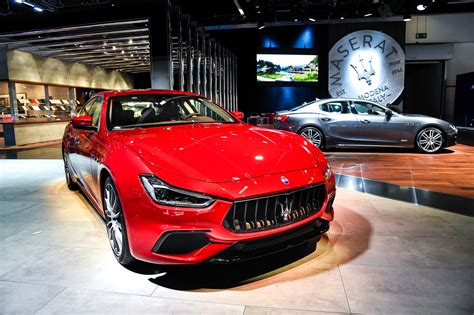 maserati red 2017 maserati new ghibli and presents levante quattroporte