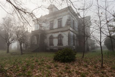 abandoned homes stunning abandoned homes are surprisingly of huffpost