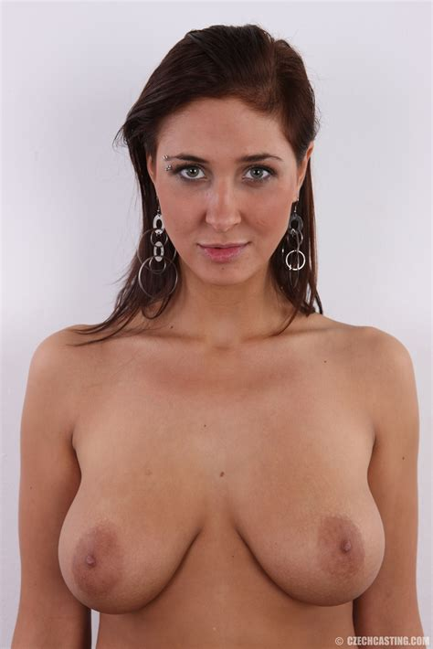 Dominika Busty Brunette Casting Call Hotty Stop