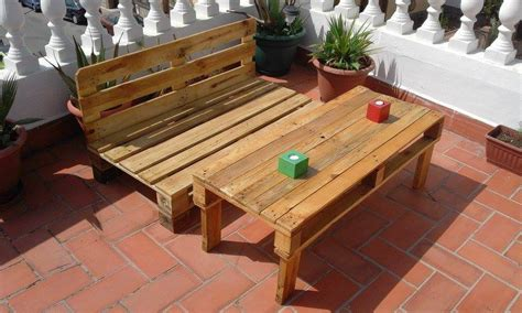 how to build pallet patio furniture build pallet outdoor furniture set 99 pallets