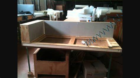 come costruire un divano letto realizzazione di un divano con penisola su misura come