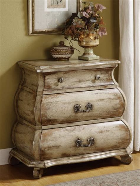 Distressed White Furniture by Decorating With Distressed Furniture Www Nicespace Me