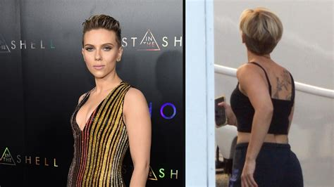 scarlett johansson debuts massive new back tattoo on