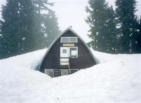 Elfin Lake Cabin by We Will Snowshow To The Elfin Lakes Cabin In 2007