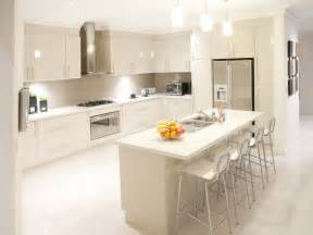 Modern Open Plan Kitchen Designs by Modern Open Plan Kitchen Design Using Tiles Kitchen