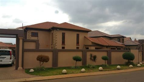 home pics dr malinga s new house paid cash gumbaza