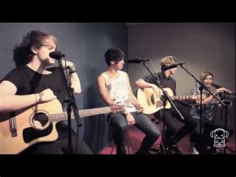 beside you 5 seconds of summer 5 seconds of summer quot beside you quot nova acoustic youtube