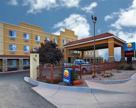 comfort inn and suites albuquerque comfort inn albuquerque airport nm hotel reviews