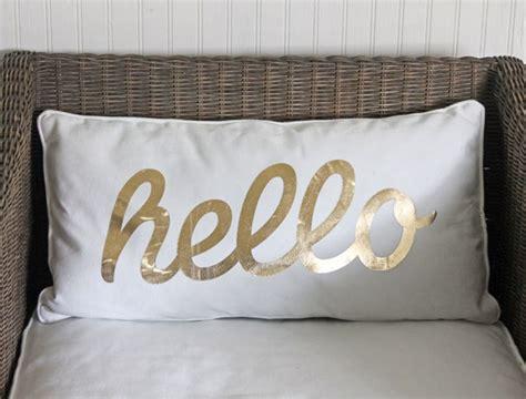 Hello Pillow easy diy hello pillow tutorial