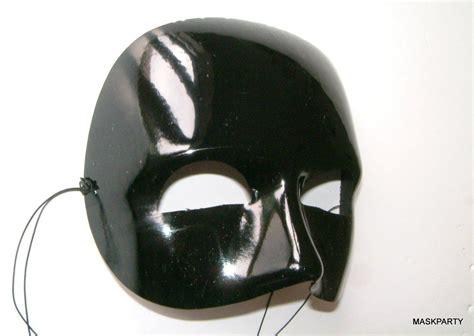 Masker Black Mask black glossy half mask