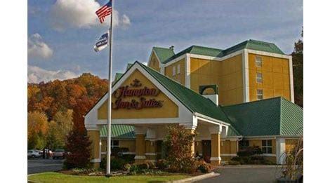hampton inn suites  pigeon forge hotel