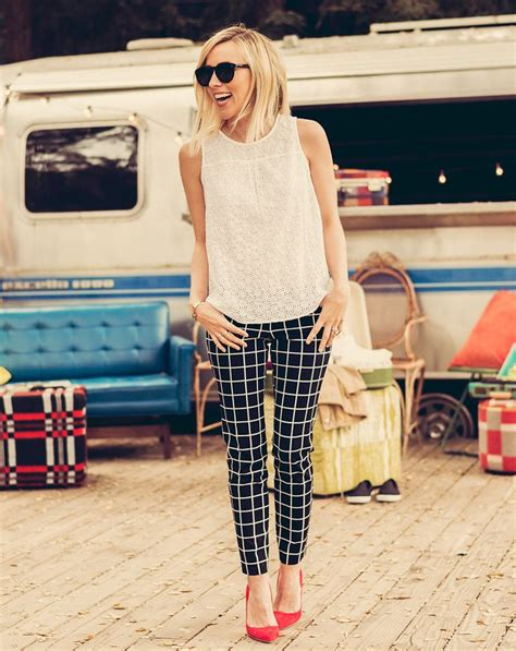 black and white pattern pants outfit best 25 black and white pants ideas on pinterest black