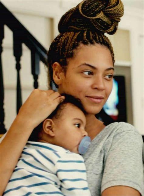 Beyonce Bun Hairstyles by Beyonce Micro Braids Bun Www Imgkid The Image Kid