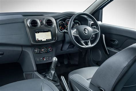 renault sandero 2017 interior renault sandero stepway 66 kw turbo dynamique 2017