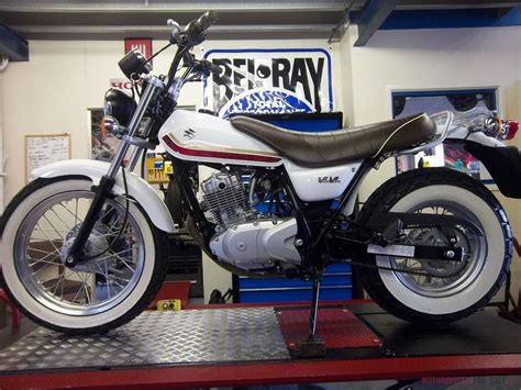 suzuki rv  cc van van motorcycle  retro motor bike