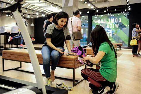 Sepatu Wakai Gandaria City nike concept store baru di gandaria city daily
