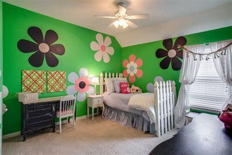 Agradable  Decoracion Habitacion Bebe #10: Opciones-decoracio-habitacion-nina-flores-naranja.jpg
