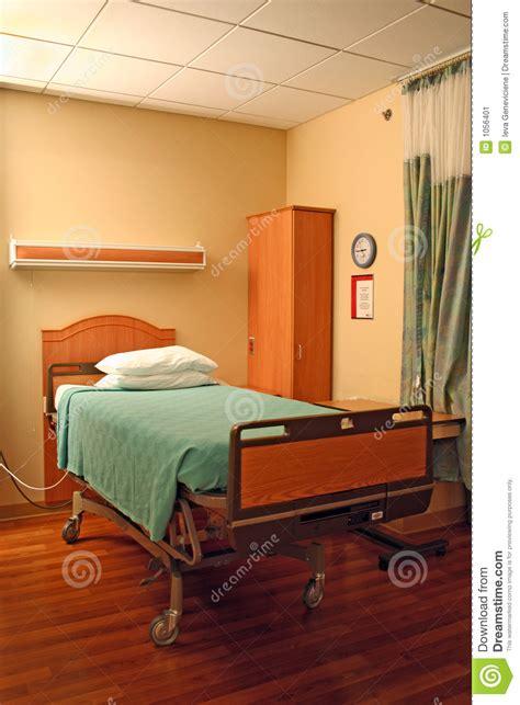 cama hospital website cama de hospital imagen de archivo imagen de limpio