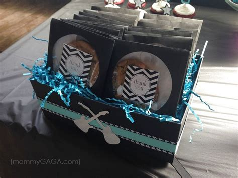 Rock A Bye Baby Baby Shower Theme by 25 Best Ideas About Rock Baby Showers On