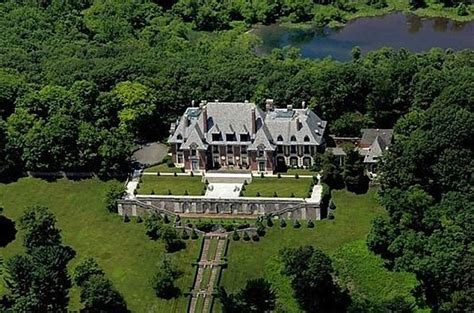 the five largest houses currently on the market in america