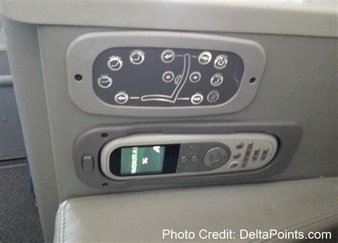 alitalia honeymoon seats alitalia magnifica class business seat review