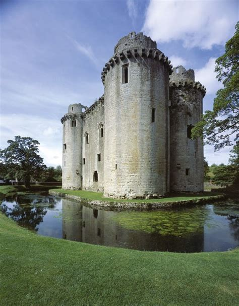 smallest castle nunney castle in somerset england is britain s smallest