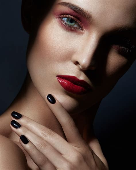 makeup beauty black out by harrison