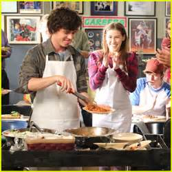 eden sher breaking news and photos just jared jr charlie mcdermott breaking news and photos just jared jr