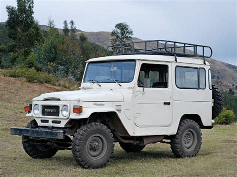 Toyota Jeep Thing Toyota Land Cruiser Fj40 I My Jeep But This Baby
