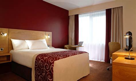 hotel in sheffield city centre jurys inn sheffield hotels